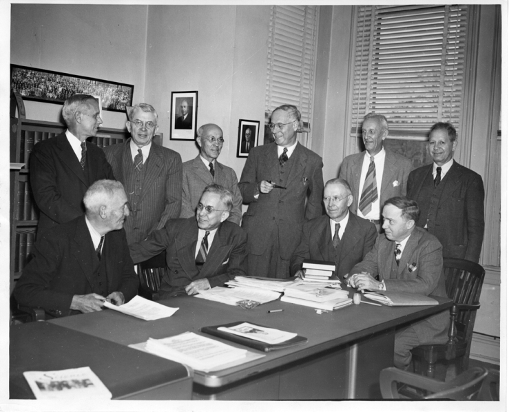 officials_of_the_aas_in_1947